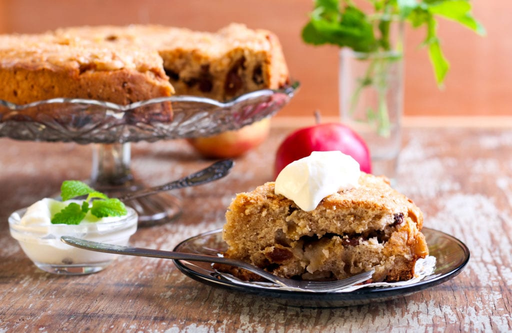 Worldly Appetites: Dorset apple cake
