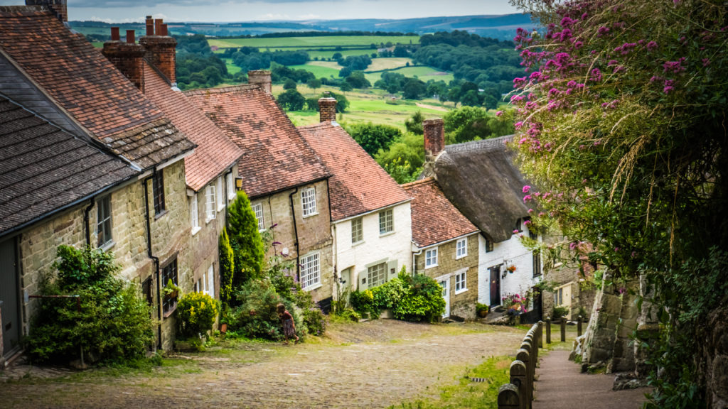 Gold Hill Shaftesbury Dorset England UK by ian woolcock, Shutterstock
