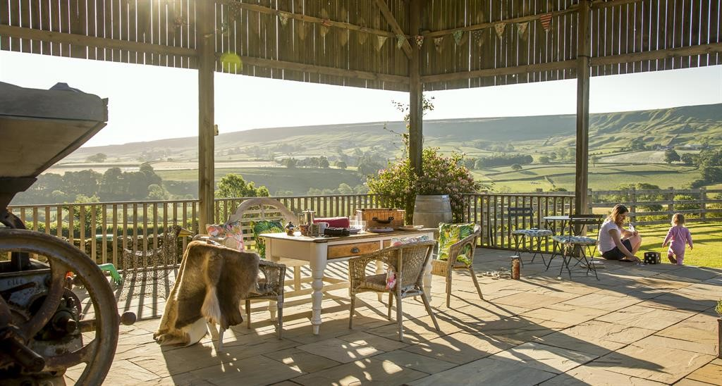 wheelchair-friendly staycations at Beacon View Barn