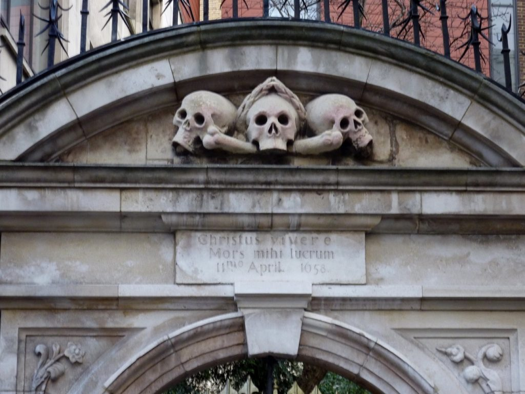 Skulls St Olave's gate creepiest attractions london