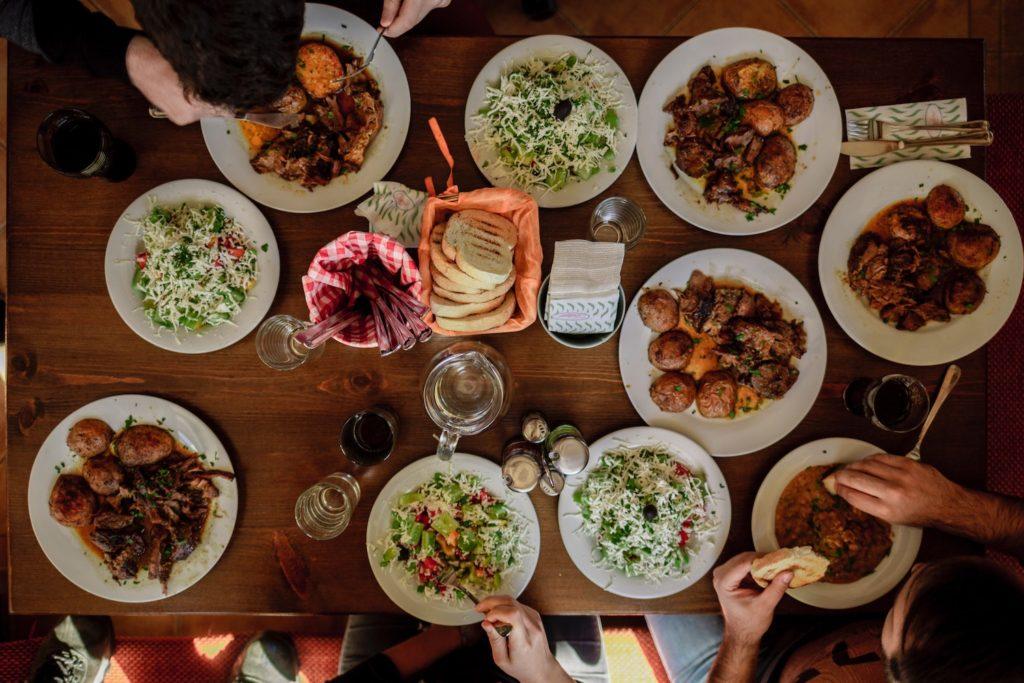 Bulgaria cuisine, food and drink by Stefan Vladimirov, Unsplash