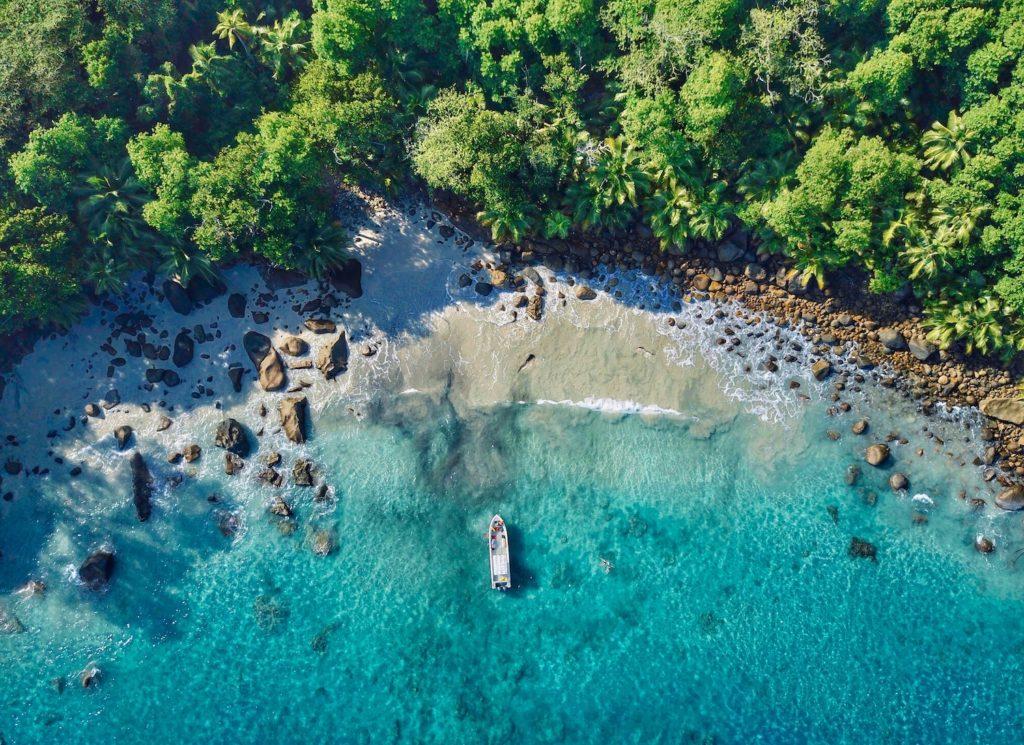 Silhouette Island Seychelles by Ian Badenhorst Unsplash, travel winter sun