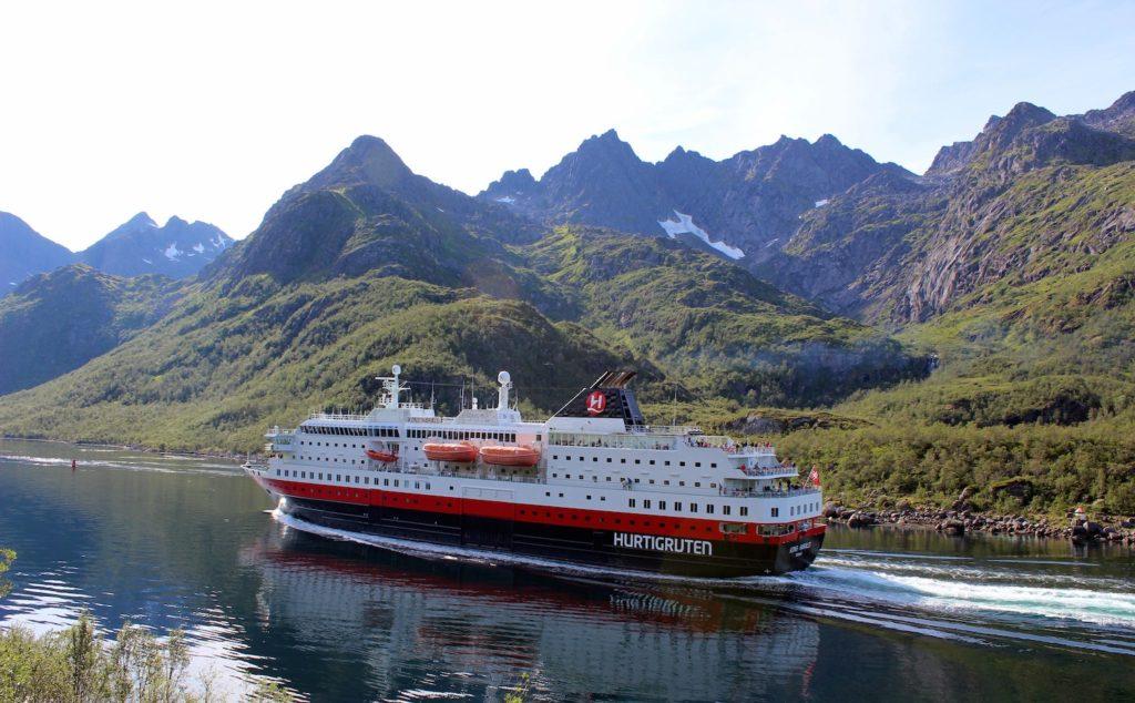 Hurtigruten Cruise Norway by Arvid Høidahl Unsplash, travel deals 2021