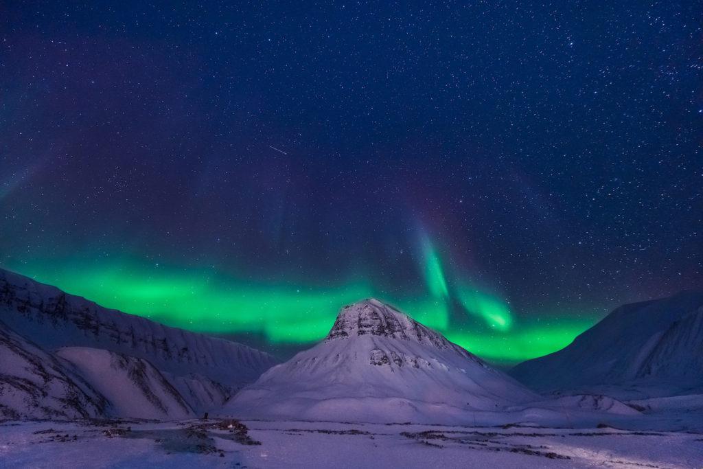 Northern lights Svalbard by ginger_polina_bublik Shutterstock