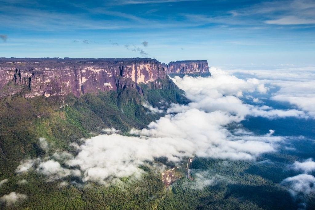 Mount Roraima Guyana Brazil Venezuela by Jehan, Wikimedia Commons
