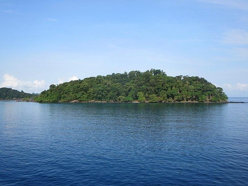 Bom Bom Island Resort Sao Tome Principe by David Stanely Wikimedia Commons