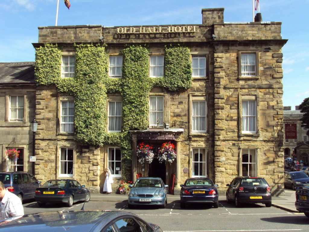 Old Hall Hotel Buxton Peak District by Rept0n1x Wikimedia Commons
