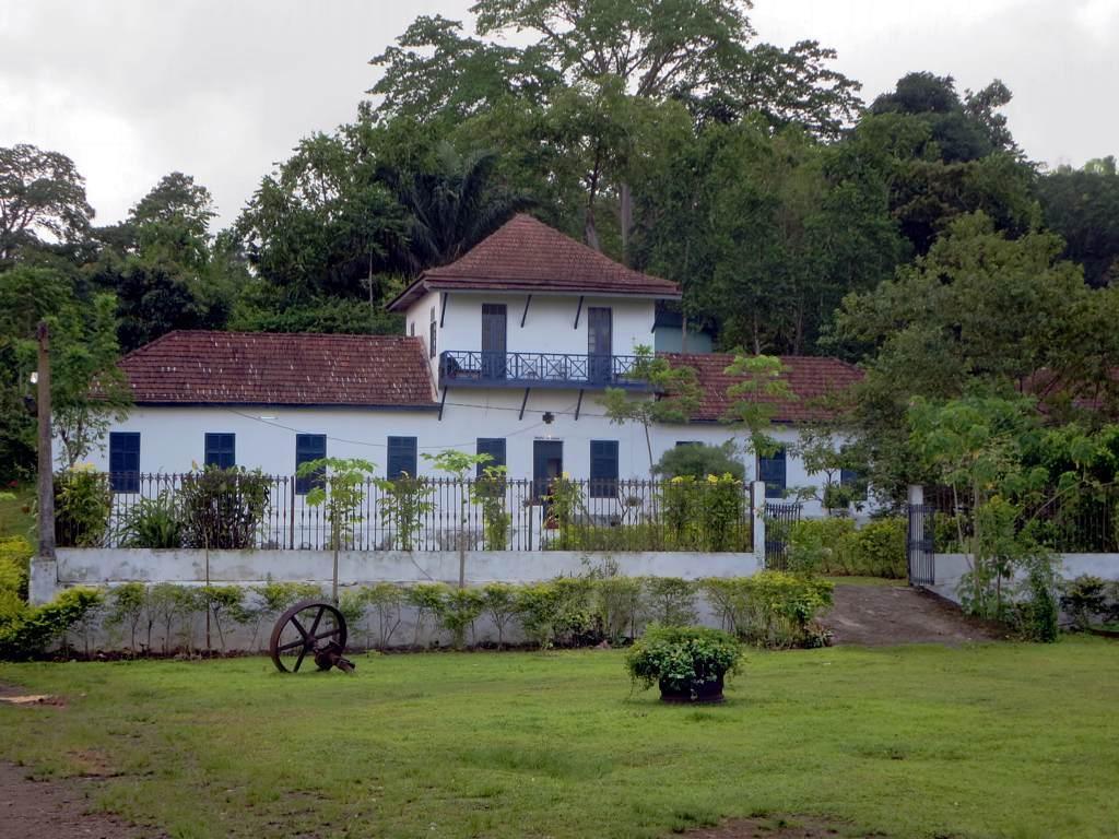 Roca Sao Joao Sao Tome Principe by David Stanley Flickr