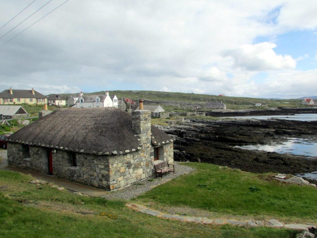 Traditional Blackhouse Berneray Outer Hebrides Reading Tom Flickr