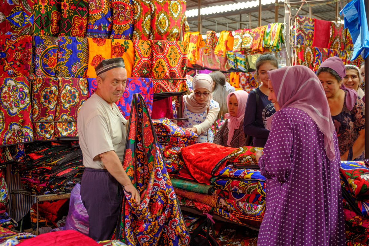 market, uzbekistan, laurent nilles