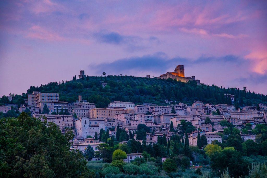 Assisi Umbria by Franceso Baistrocchi Unsplash