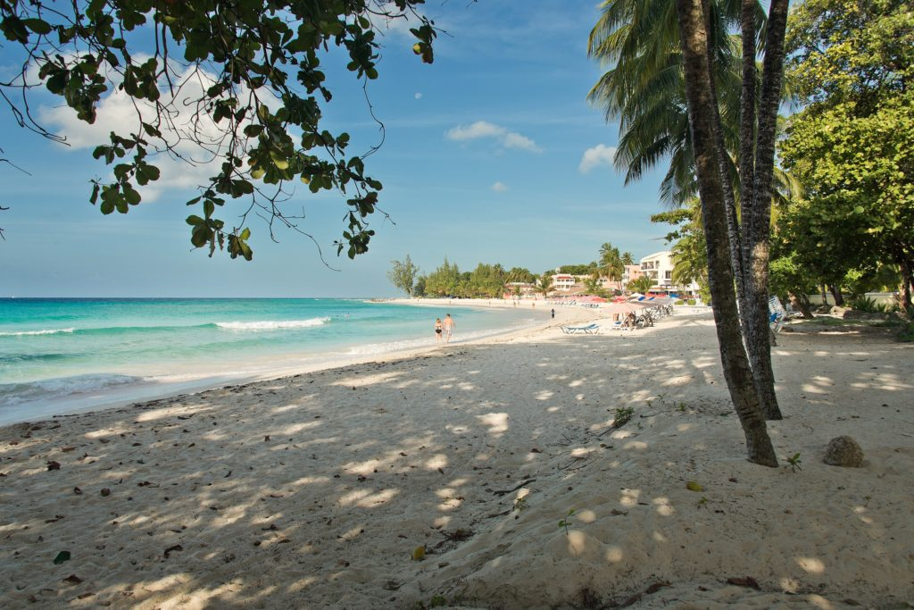 Dover Beach, Barbados by Barry haynes, Wikimedia Commons