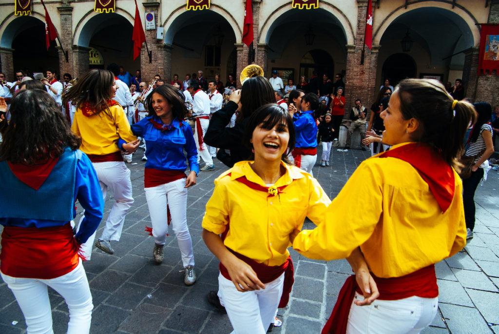 Feast of Ceri Gubbio Umbria LongJon Shutterstock