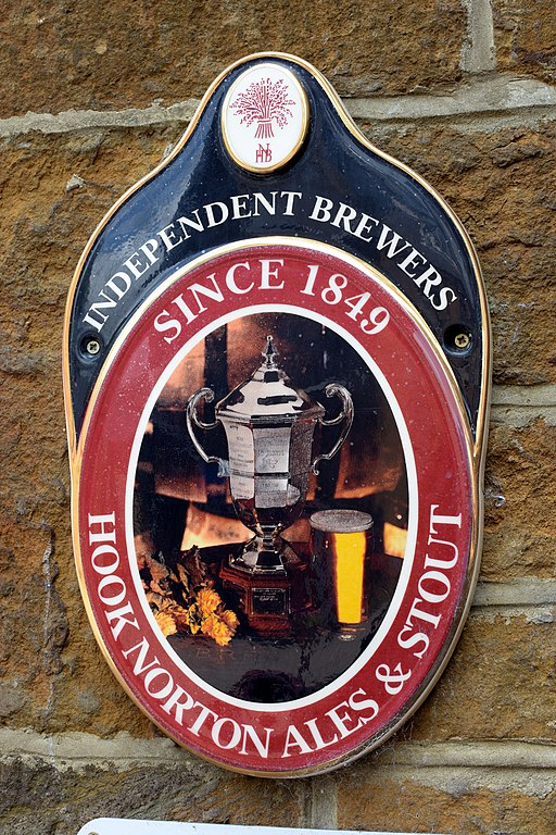 Hook Norton Brewery, Dave_S., Shutterstock