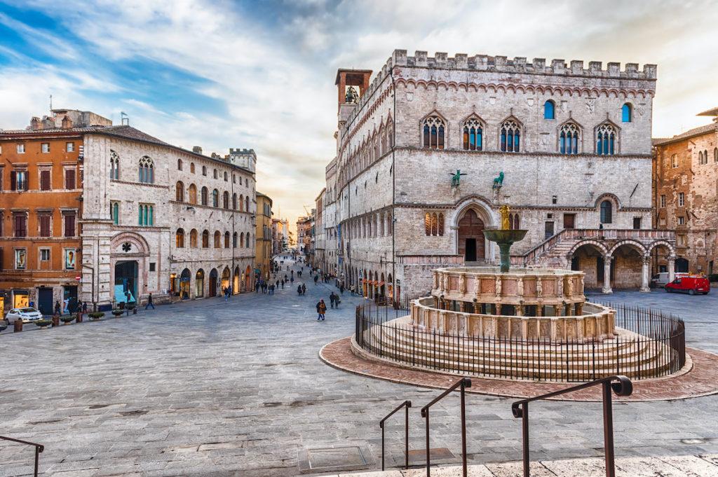 Piazza IV Novembre Perugia Umbria by Marco Rubino Shutterstock