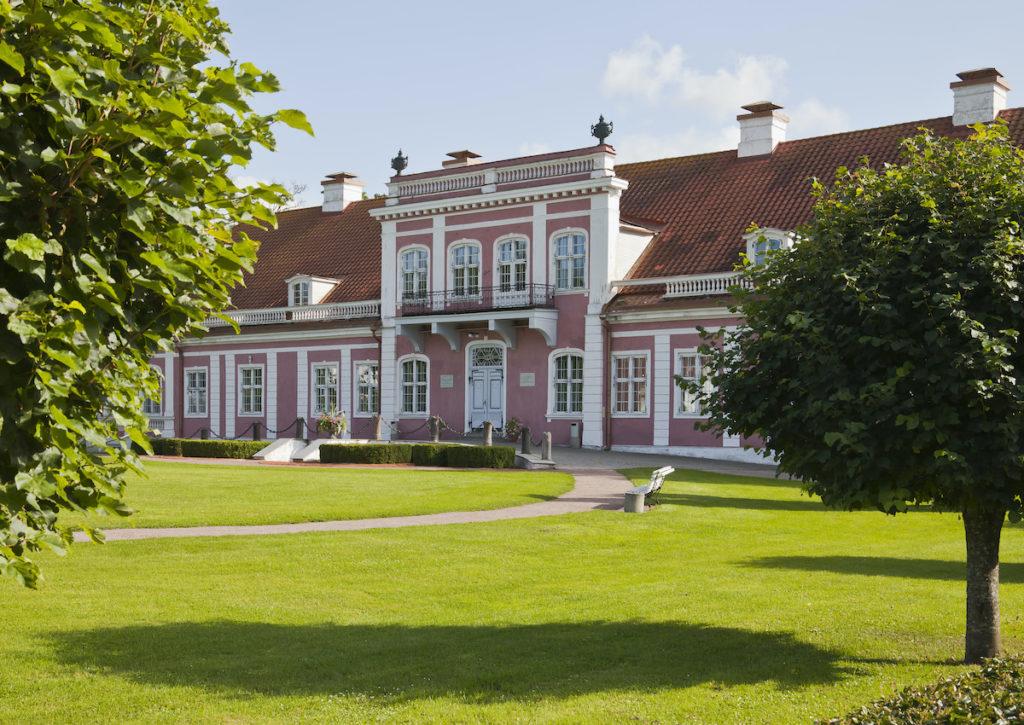 Sagadi Manor Lahemaa National Park Estonia by Deigo Delso Wikimedia Commons