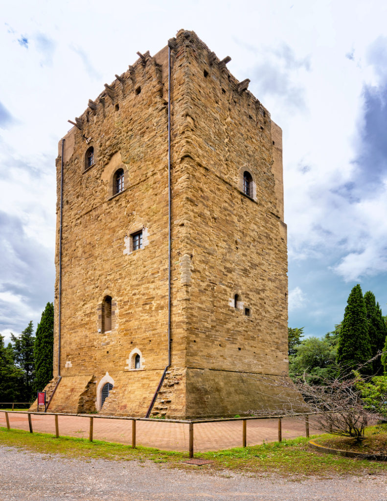 Torre dei Lombardi Umbria Roberto Giachino Shutterstock