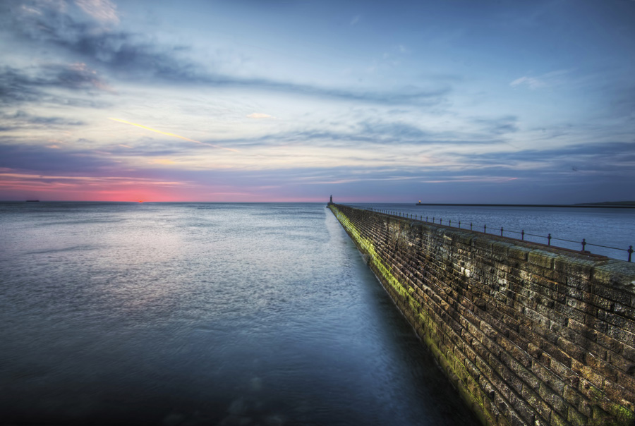 Tynemouth Pier Northumberland by Jimmy McIntyre Editor HDR One Magazine Wikimedia Commons best places to see whales Britain