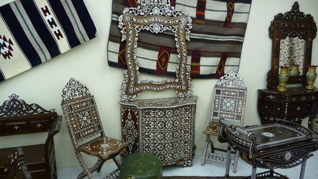 Mandoos, Oman, Martin Dougiamas, Wikimedia Commons world crafts