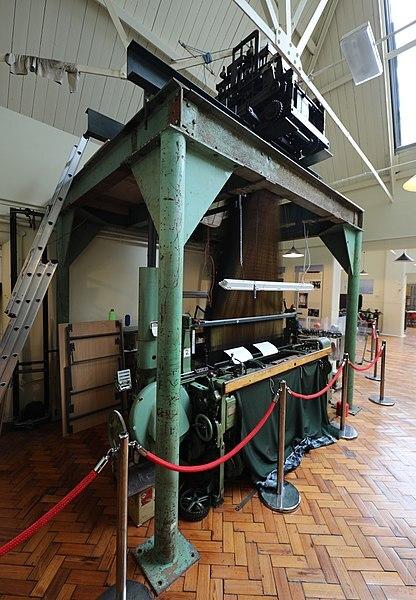 Rapier Loom, Silk Museum, Macclesfield, Cheshire, Geni, Wikimedia Commons