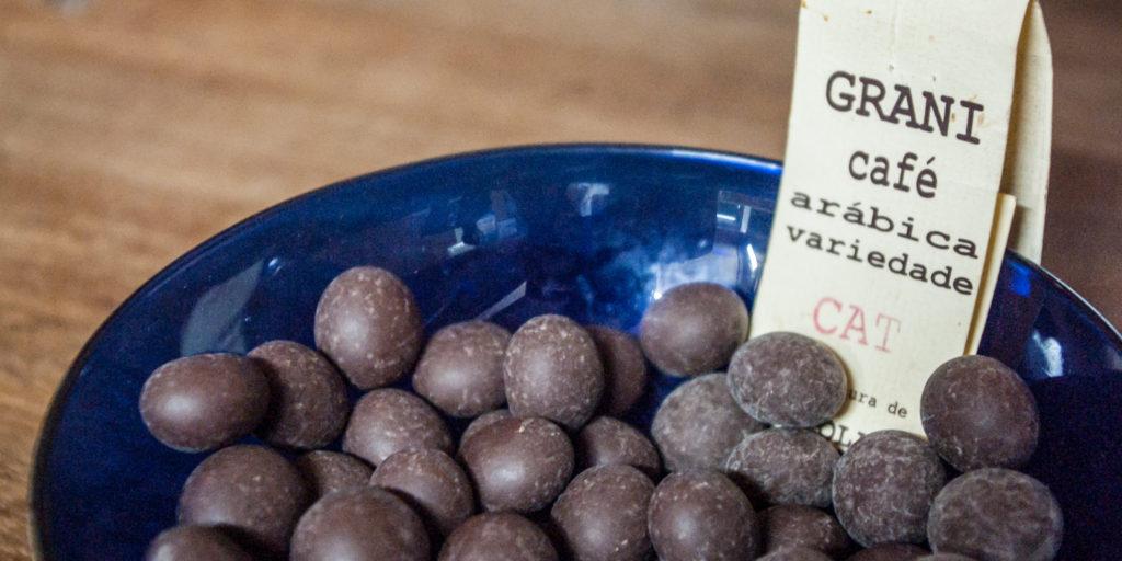 Chocolate, São Tomé and Príncipe, by Helena Van Eykern, Wikimedia Commons