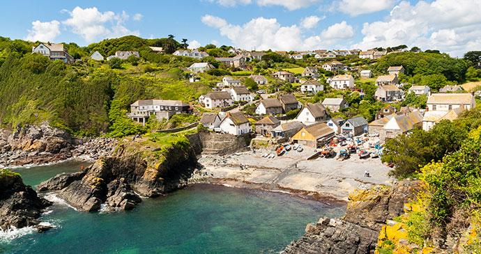Cadgwith Cove Lizard Peninsula Cornwall England UK by ian woolcock Shutterstock