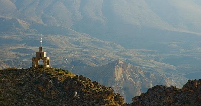 Qadisha Valley, Lebanon © Michal Szymanski, Shutterstock