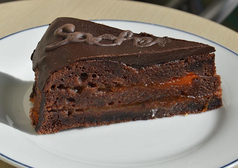 Sacher torta by Illustratedjc/Wikimedia Commons