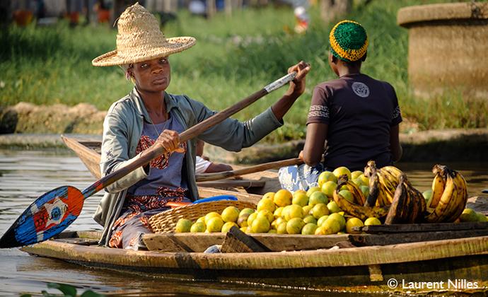 Fruit Lake Ganvie, Benin, Laurent Nilles