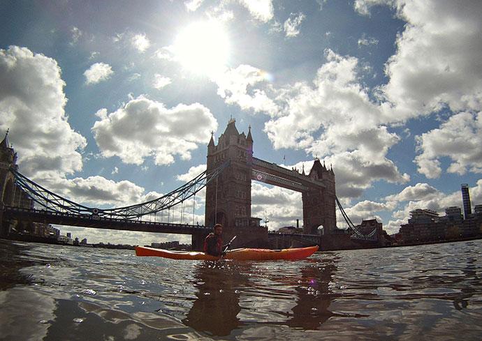 Oscar Scafidi training on the Thames