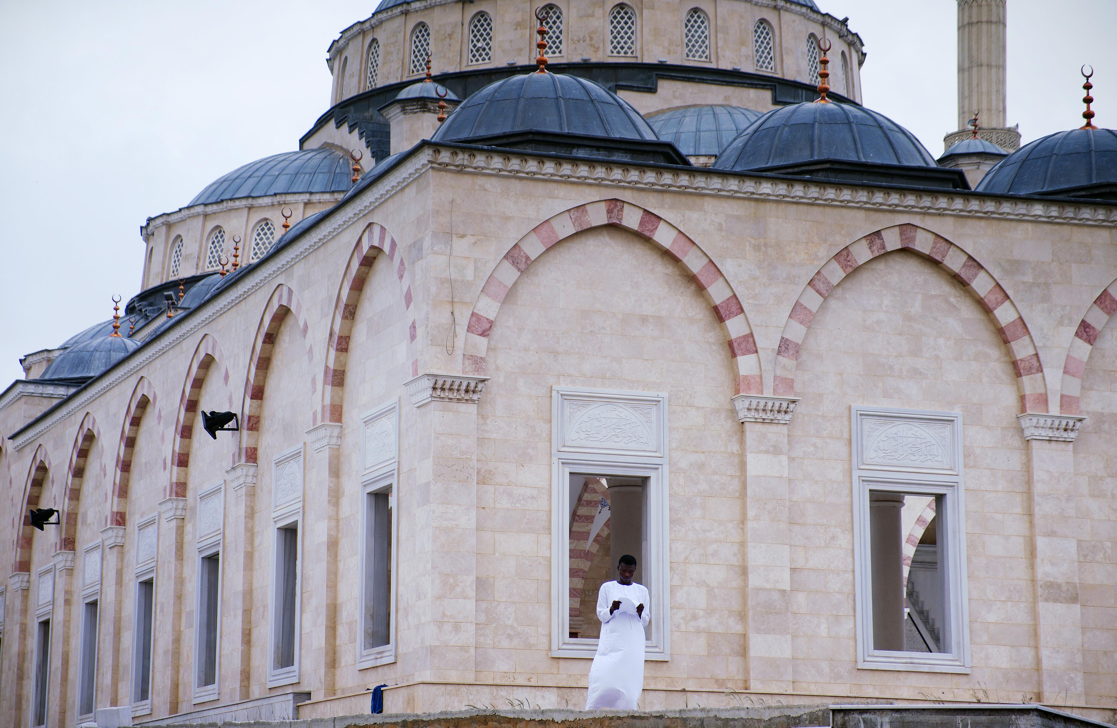 Ghana National Mosque, Accra © Nancy Chuang, @nancyc_huang