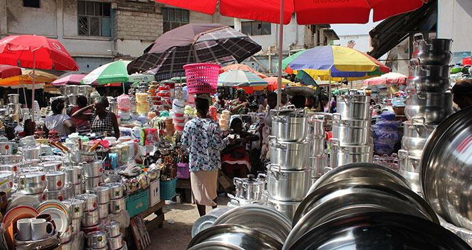 Makola market in Accra, Ghana © benggriff, Wikimedia Commons
