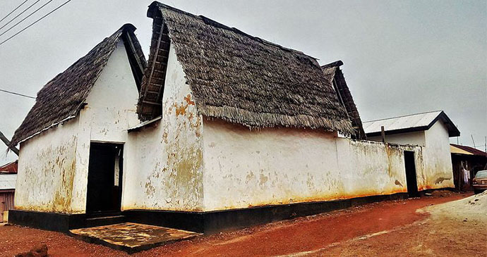 Ashanti shrine, Ejisu, Ghana by Joy Agyepong, Wikimedia Commons