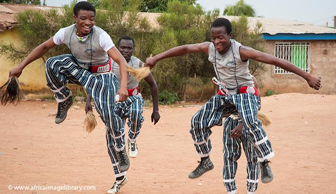 Paga cultural dance club, Kisseman, Ghana © Ariadne Van Zandbergen