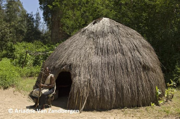 Akamba man, Kenya by Ariadne Van Zandbergen