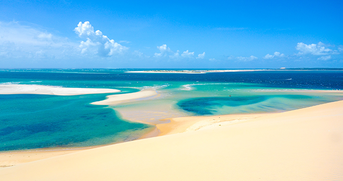 Bazaruto beach Mozambique by Tonis Valing, Shutterstock