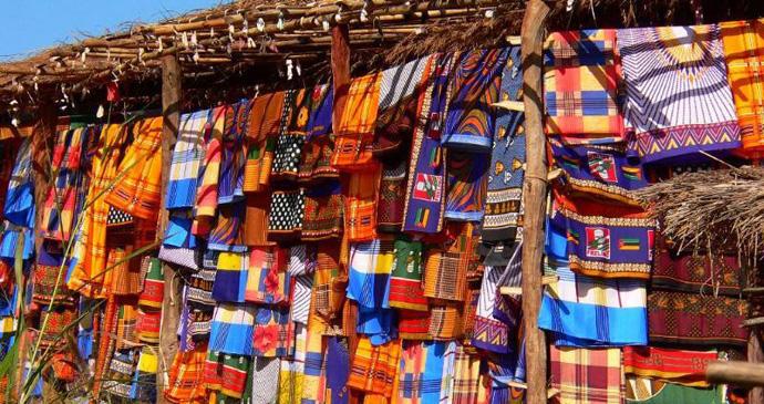 Capulana sarongs, Mozambique © Mike Slater