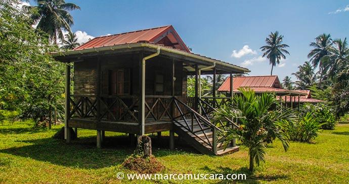 Bungalows at Praia Inhame Eco Lodge, São Tomé and Príncipe by Marco Muscarà, www.marcomuscara.com