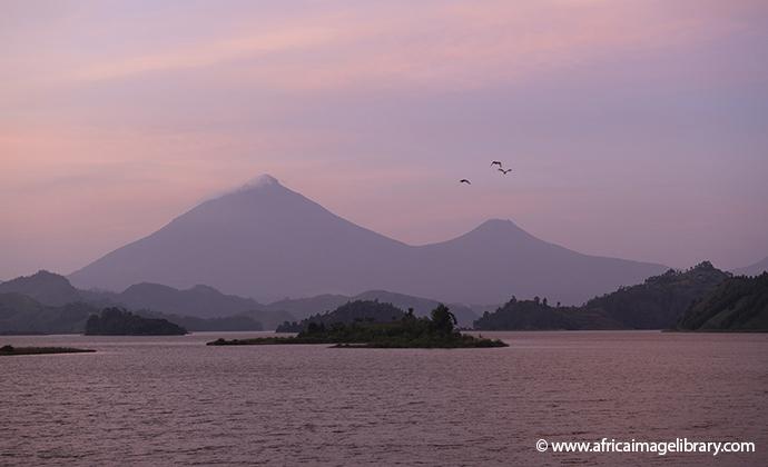 Lake Mutanda AVZ