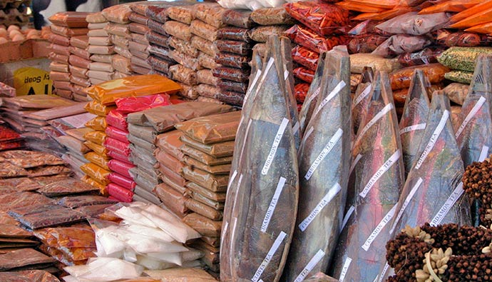 spices on market stall Zanzibar Tanzania by Barbara Barbour, Shutterstock