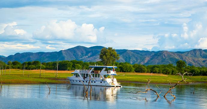 Lake Kariba houseboat Zimbabwe by Lynn Y, Shutterstock