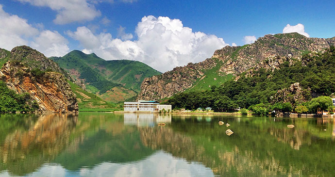 Lake Sijung by Clay Gilliland