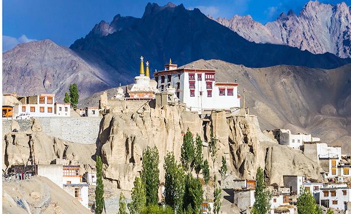 Lamayuru Monastery Ladakh saiko3p Shutterstock