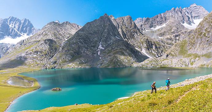 Sonamarg Kishansar Lake Ladakh India by Vivek BR, Shutterstock