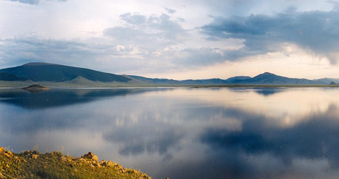Terkhiin Tsagaan Nuur, Kharkhorin, Mongolia by Doron, Wikipedia