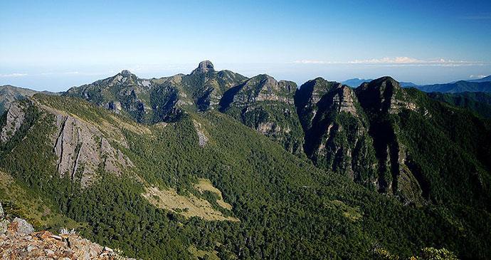mount dabajian shei-pa national park taiwan by peellden wikimedia