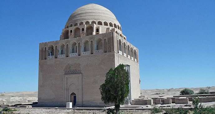 Sultan Sanjar Mausoleum Turkmenistan by Hergit Wikimedia Commons