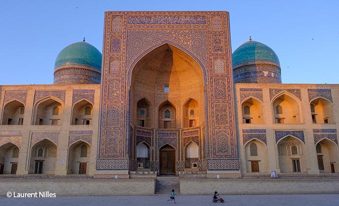 Mir-i Arab Madrasa Bukhara Uzbekistan Laurent Nilles