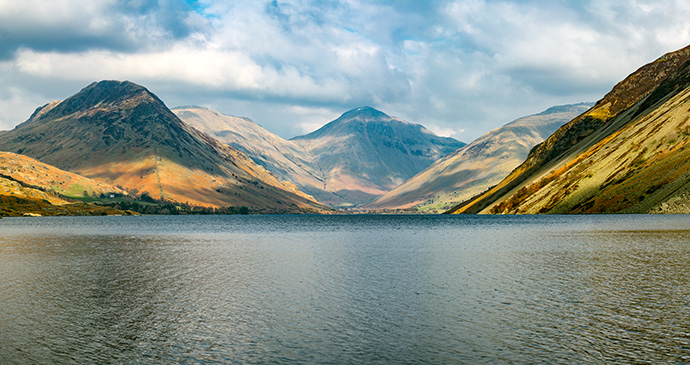 Wast water Cumbria Britain by Daniel_Kay Shutterstock best paddleboarding lakes Britain
