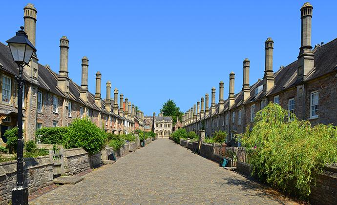 the Vicar's close, Wells, Somerset by jaroslava V, Shutterstock